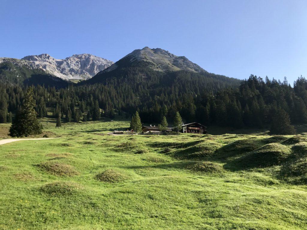 Wettersteingebirge Hütten
