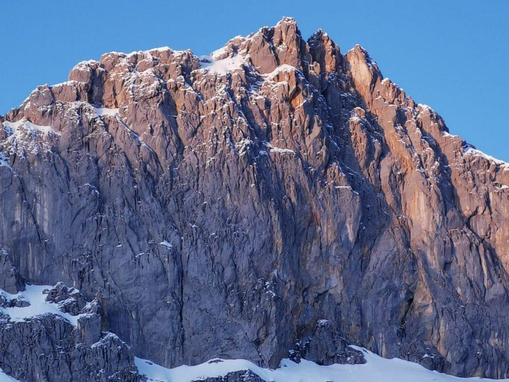 Das eindrucksvolle Wettersteingebirge von der Hütte aus gesehen