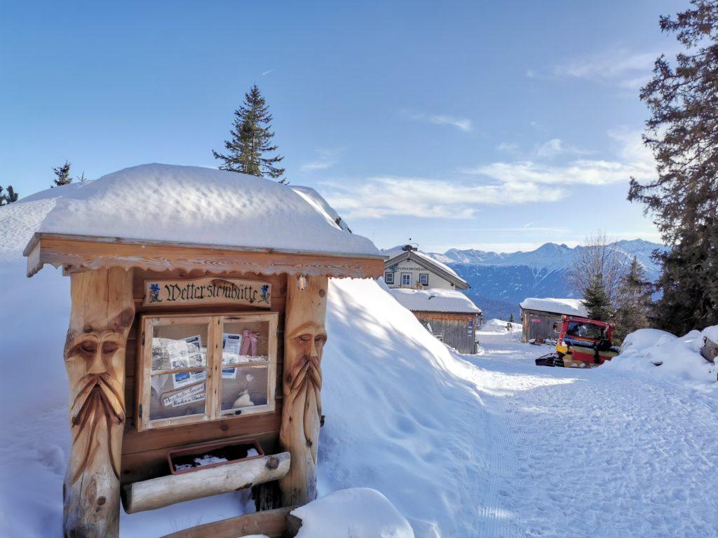 Winterhütte in den Alpen: Die Wettersteingebirge ist eine der wenigen Hütten zum Übernachten im Winter