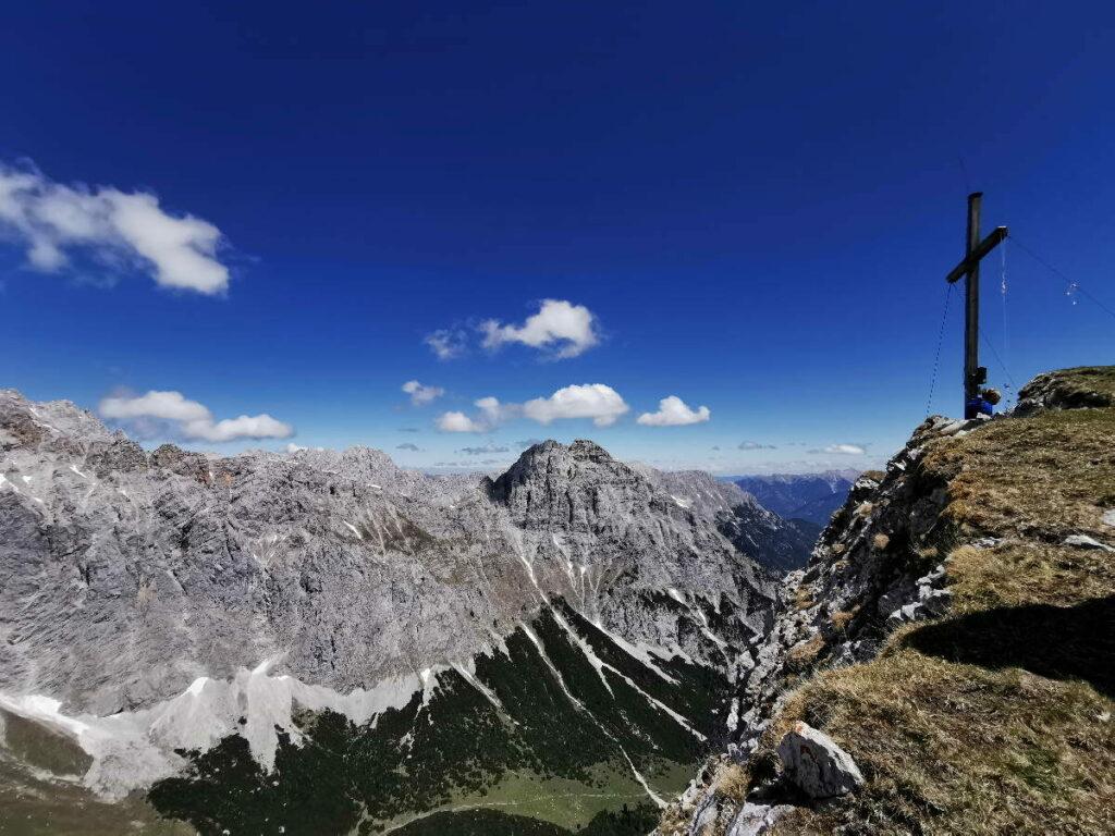 Geniale Aussichten auf den Bergen im Wettersteingebirge